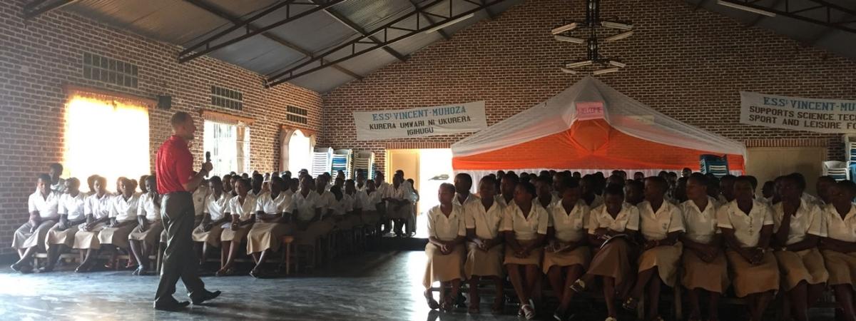 Mark Balschweid in Rwanda